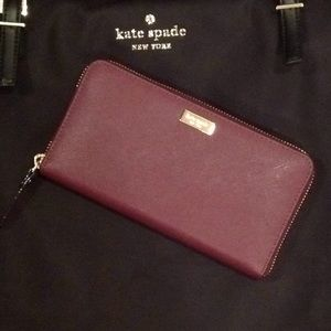 ♠️Kate Spade Neda Laurel way wallet